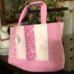 Handbags - Pretty pink butterfly tote